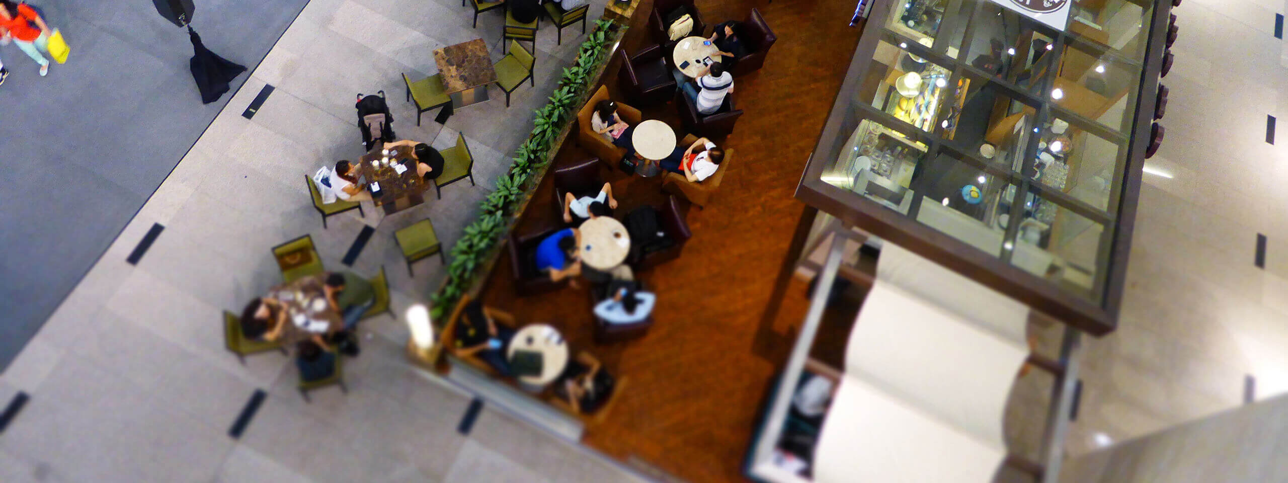 Customers seen from above in a mall. The pragmatic personas template gives you a usable view of the customers you're building your product for.